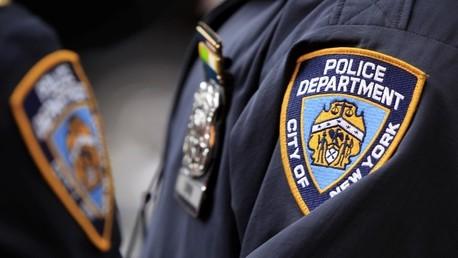 Video: Un policía de civil de Nueva York pega a un joven que está siendo arrestado