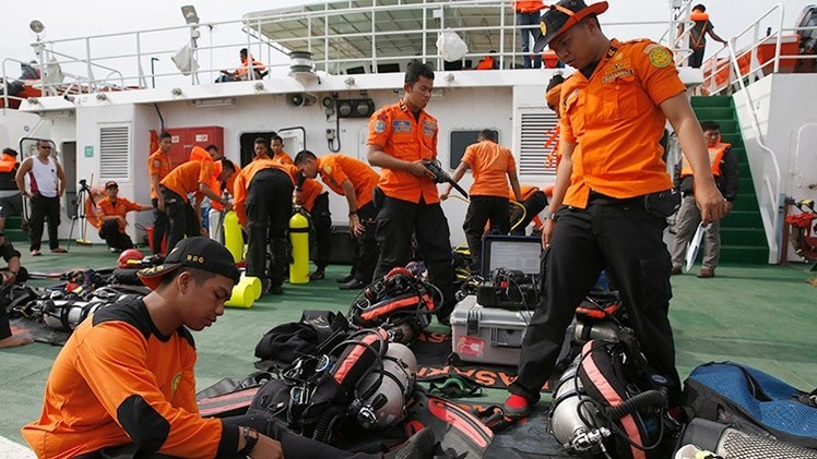 Expertos plantean una versión inesperada sobre la tragedia del vuelo de AirAsia