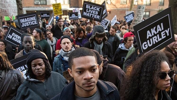 EE.UU.: Manifestantes contra la violencia policial emiten una lista de exigencias