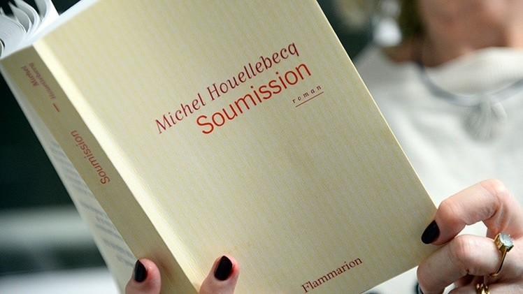 Una novela desata la polémica en Francia al evocar la llegada de los islamistas al poder