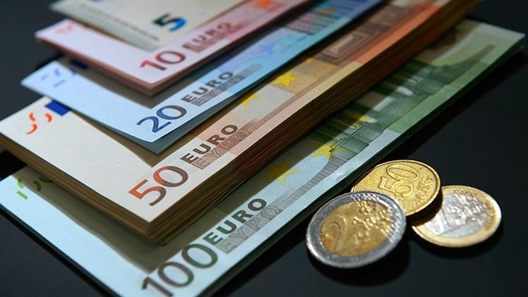 Los economistas no confían en los esfuerzos del BCE para reanimar la economía en 2015
