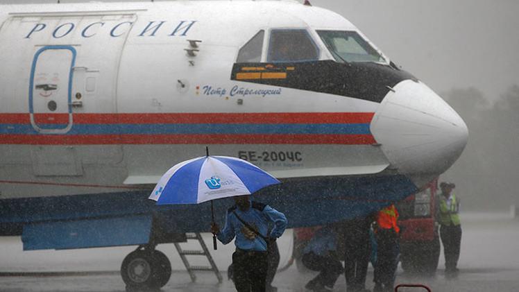 Especialistas rusos detectan 30 posibles objetos del avión siniestrado de AirAsia
