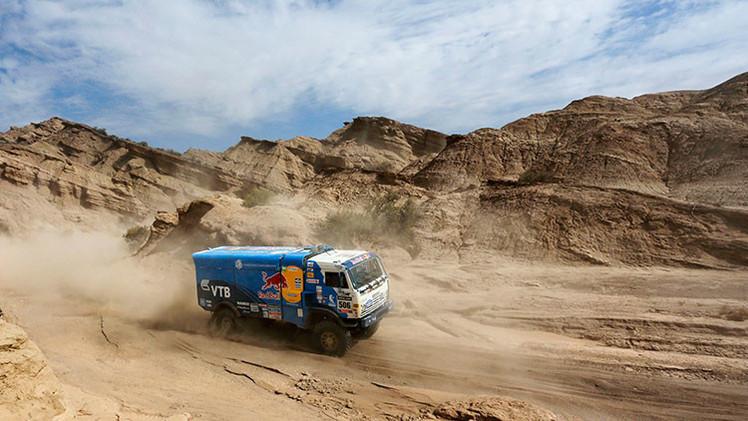 Cuarta etapa del Dakar 2015: Los camiones Kamaz rusos logran los tres primeros puestos