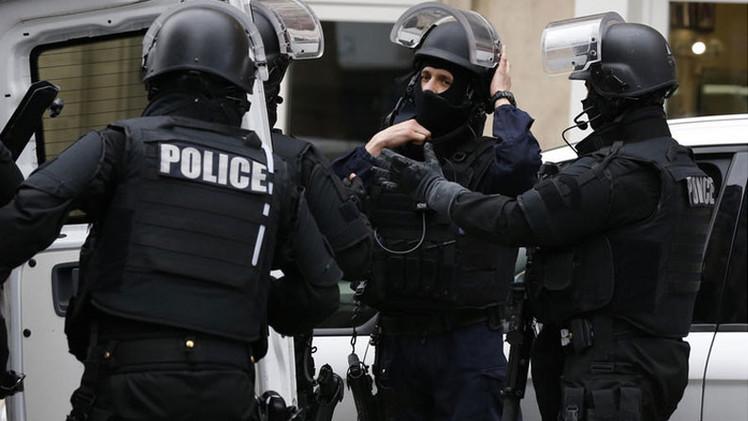 Abatido el hombre armado que tomó rehenes en un supermercado judío en París
