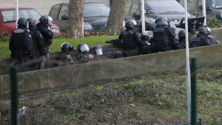 Terrorista abatido que tomó rehenes en supermercado judío de París se entrevistó con Sarkozy