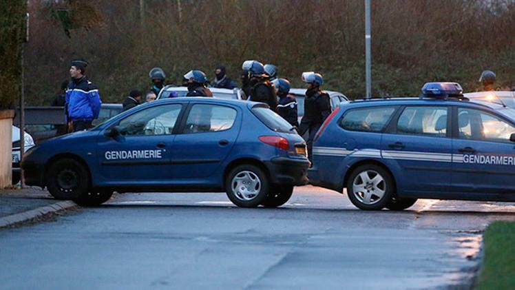 VIDEO: Asalto dramático de la imprenta donde se encerraron los atacantes de 'Charlie Hebdo'
