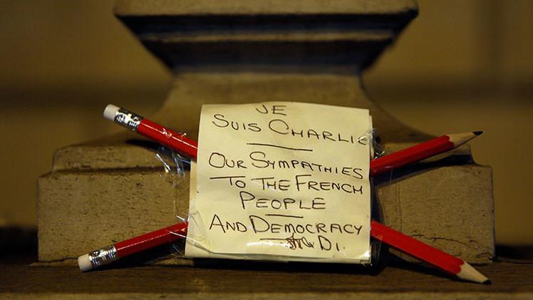 """'Charlie Hebdo' manda un mensaje contra """"la barbarie"""" a sus crecientes seguidores"""