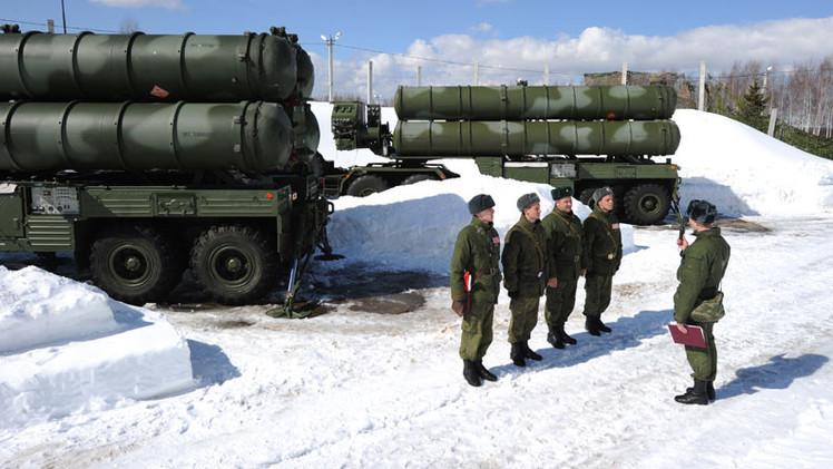 Modernos sistemas antiaéreos S-400 entran en servicio en el norte de Rusia