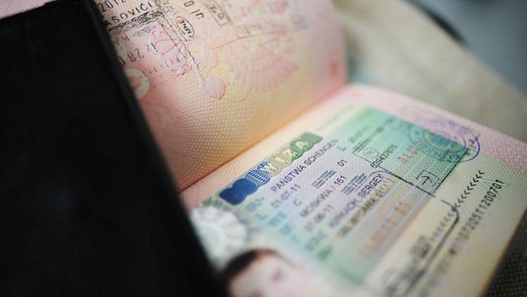 España quiere introducir controles fronterizos en los países Schengen