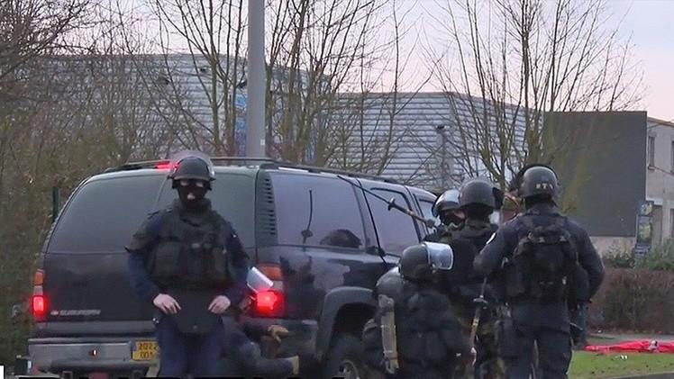 NUEVAS IMÁGENES: Así abatió Francia a los presuntos atacantes de 'Charlie Hebdo'