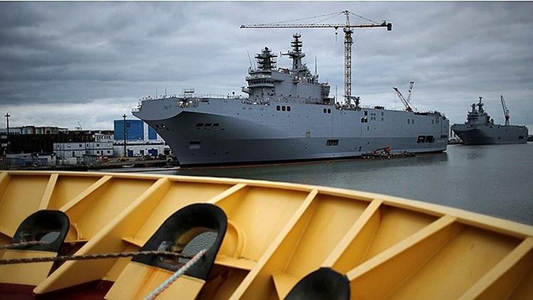 Rusia no planea 'mover ficha' sobre los buques Mistral hasta febrero de 2015