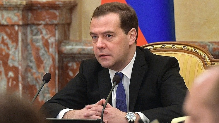 Medvédev: Rusia cumplirá sus compromisos ya que tiene los recursos para pagar sus deudas