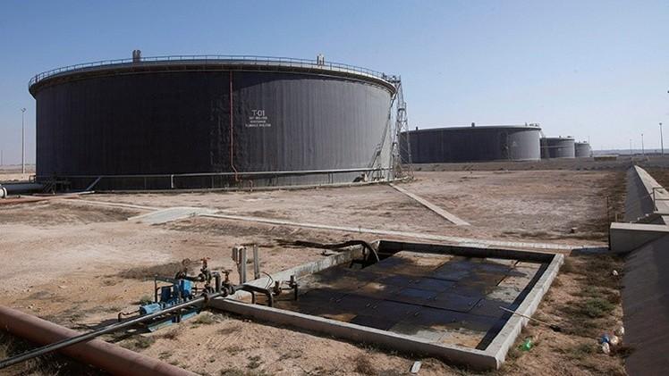'The Times' predice la caída de los precios del petróleo a 20 dólares por barril