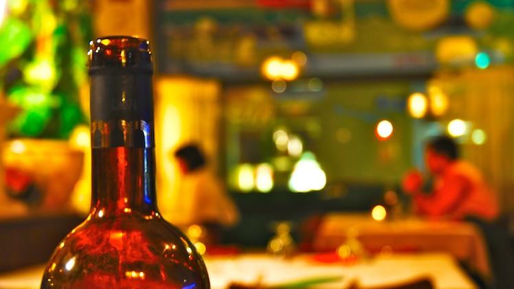 La adicción al trabajo causa alcoholismo