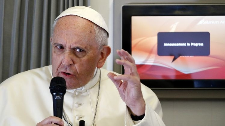 """El papa Francisco sobre atentados en París: """"Asesinar en el nombre de Dios es absurdo"""""""