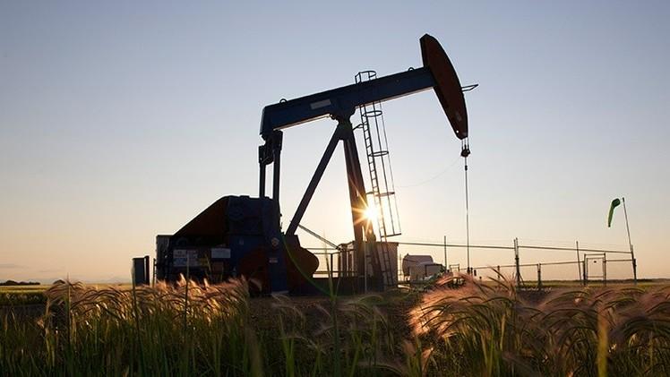 El mayor proveedor de servicios petroleros despide a 9.000 personas por el precio del crudo