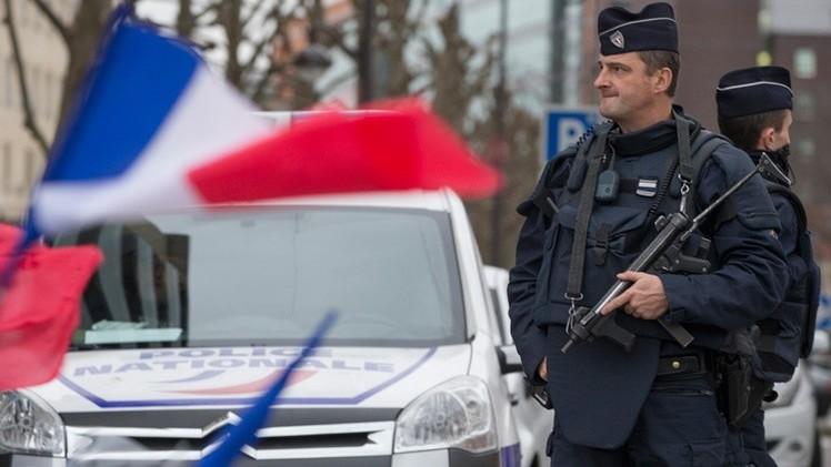 Evacúan una estación de tren en París por amenaza de bomba