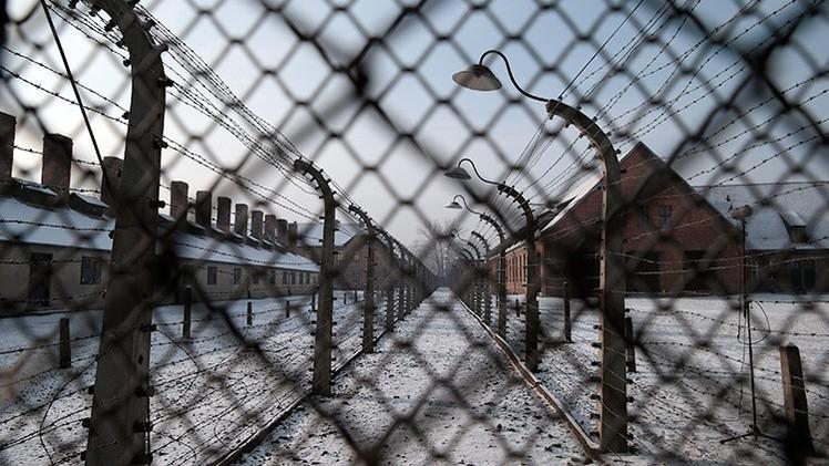 """No invitar a Putin a la ceremonia  de Auschwitz significa olvidar quién lo liberó"""