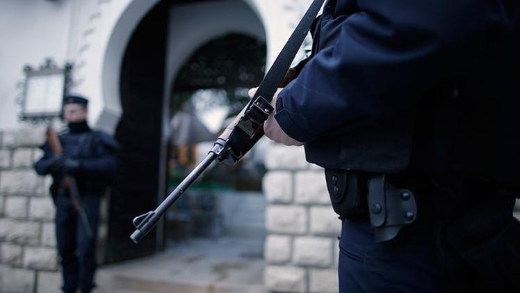 """Francia: Asesina a un marroquí a puñaladas al grito de """"yo soy tu dios, yo soy tu islam"""""""
