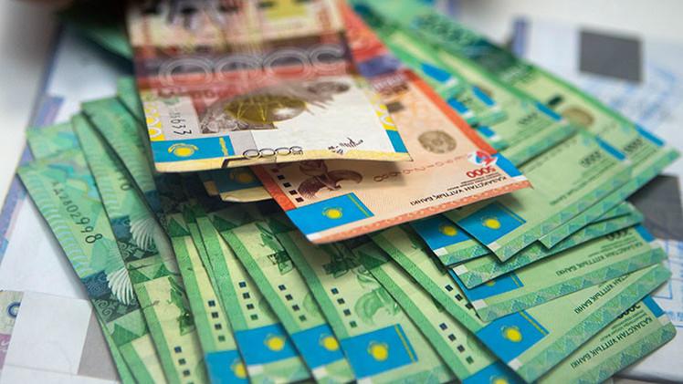 El desplome del rublo ruso amenaza las economías de nueve países