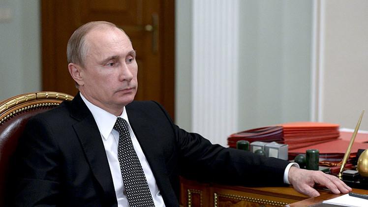 """Putin: """"Rusia puede responder a otros países sin entrar en una carrera armamentista"""""""