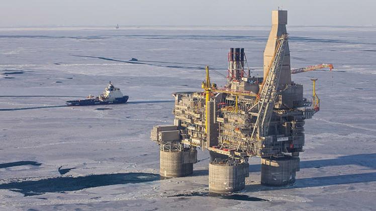 Rusia: La mayor plataforma de perforación petrolera del mundo se pone en marcha
