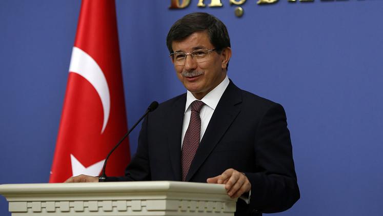 Denuncian que el primer ministro turco encubría suministro de armas a Al Qaeda