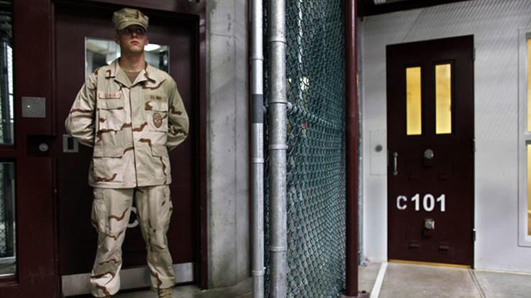 Personal de Guantánamo falsificó carta de la madre de un reo que no sabía escribir