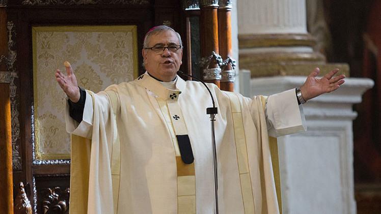 El polémico arzobispo de Granada tendrá que explicar sus cuentas ante la Santa Sede