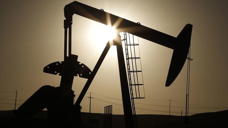Magnates petroleros de EE.UU.  se enriquecen pese al desplome del precio del crudo