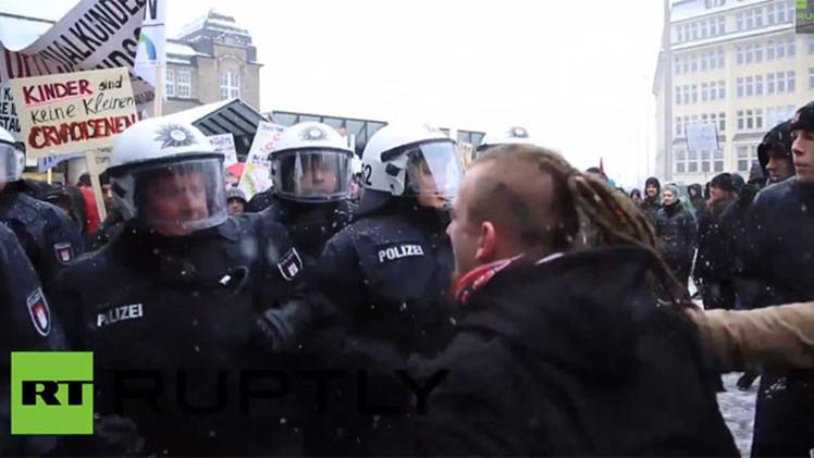 VIDEO: Una protesta contra la educación sexual en Alemania causa choques y heridos