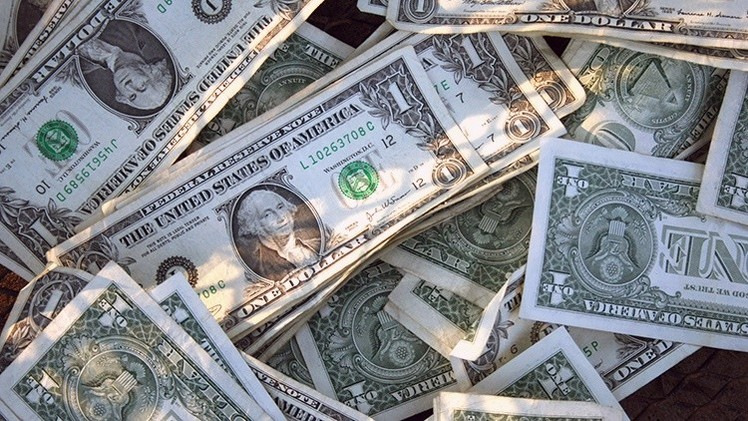 La huida del dólar: ¿Por qué Irán sigue el elemplo de Rusia y China?