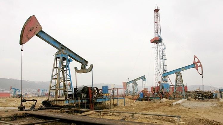 Importaciones récord del petróleo ruso por China socavan la cuota saudí en el mercado