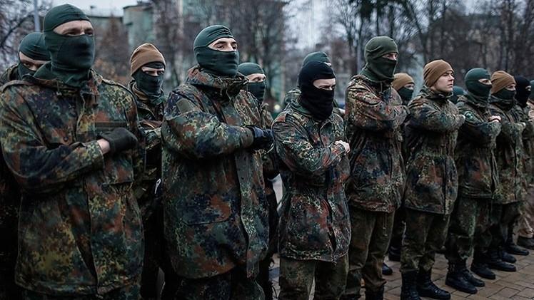 Ucrania: Ultranacionalistas envían a menores de edad al campo de batalla