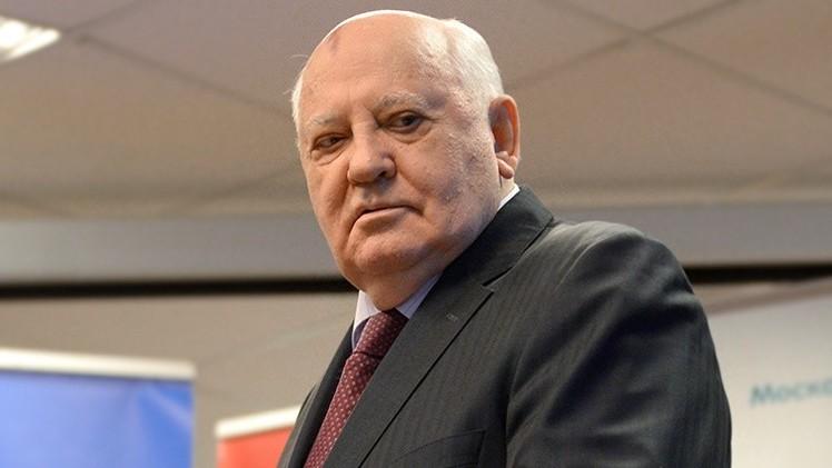 """Gorbachov: """"La guerra fría entre EE.UU. y Rusia puede ponerse pronto 'caliente'"""""""