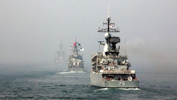 China: un tiburón impide realizar ejercicios militares