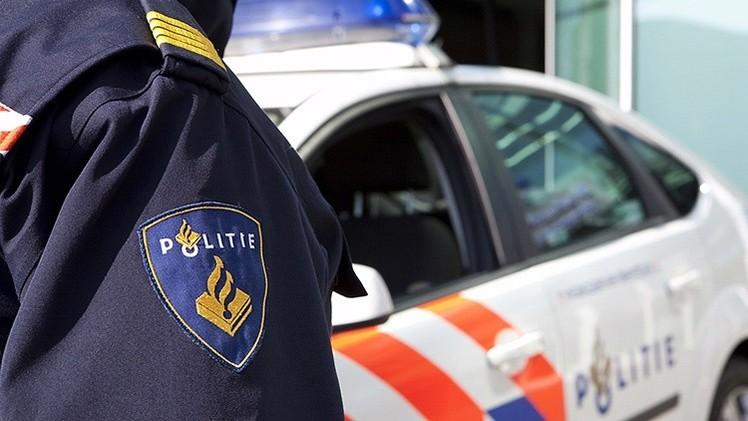 Un hombre armado toma rehenes en el edificio de una cadena nacional de noticias en Holanda