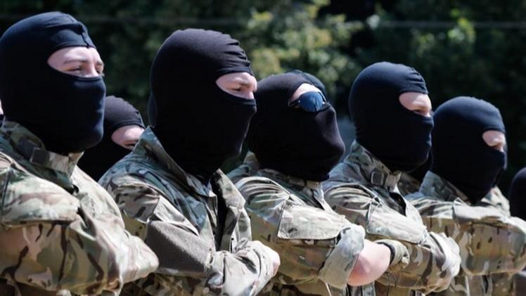 Militares ucranianos irrumpen en el Ministerio de Defensa del país