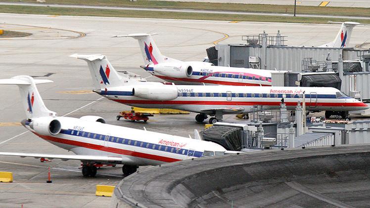 Un avión de American Eagle que volaba de Des Moines a Chicago aterriza tras una emergencia