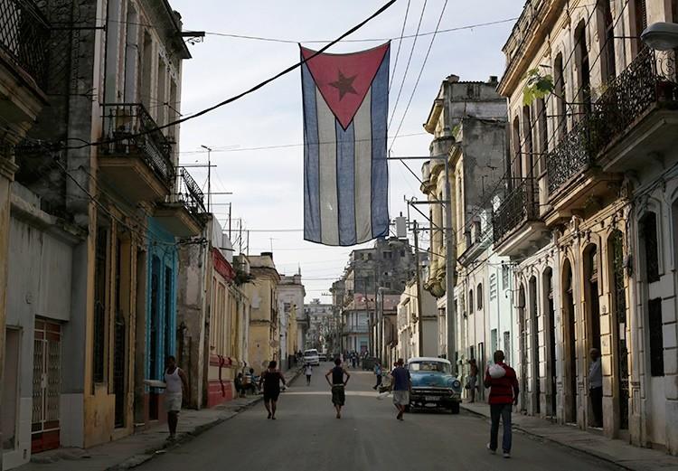EE.UU. da el primer paso para levantar el embargo a Cuba