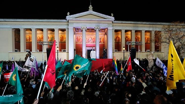 """""""Tras 5 años de sufrimiento y humillación"""": Syriza gana las elecciones parlamentarias en Grecia"""