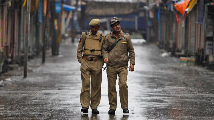 india encuentran esqueletos estación de policía