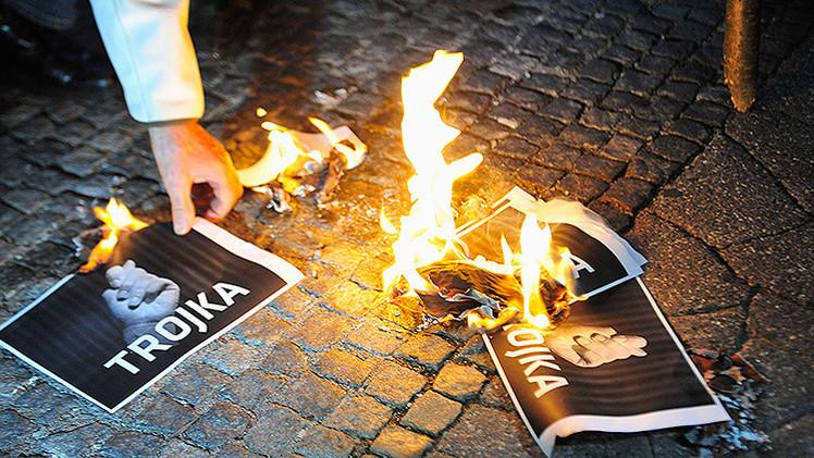 Medio alemán: La Comisión Europea estudia reemplazar la Troika de acreedores de Grecia