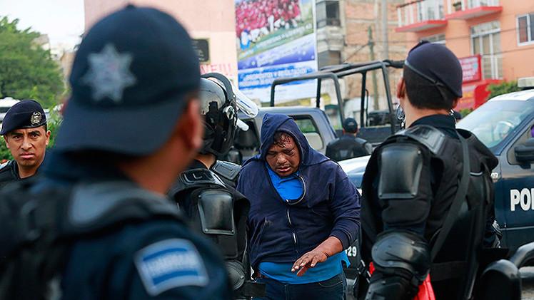 México: Las confesiones del asesinato de los 43 estudiantes se obtuvieron con torturas