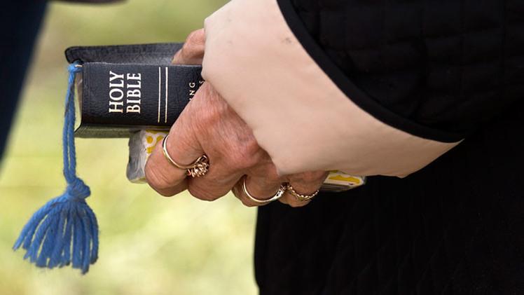 Un ateo gana 100.000 dolarés vendiendo una aplicación de la Biblia