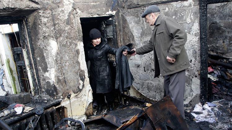 Video, fotos: Éxodo de Uglegorsk, 'ciudad de la muerte' ucraniana