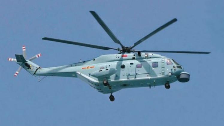 Un nuevo helicóptero chino bate el récord nacional de altitud al sobrevolar el Everest