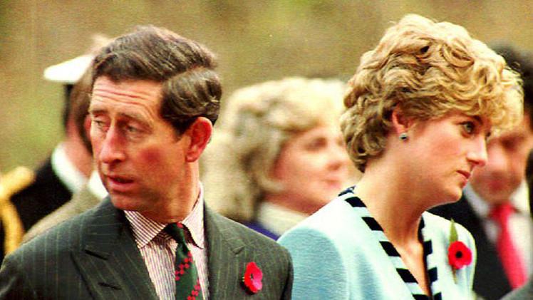 La nueva biografía del príncipe Carlos afirma que estuvo a punto de cancelar su boda con Lady Di