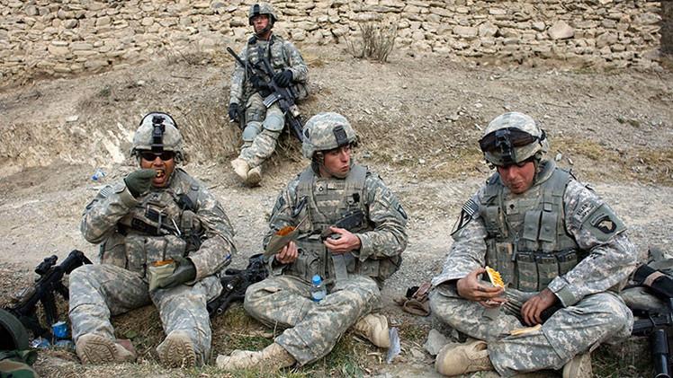 ¿De qué se alimentan los soldados de diferentes países en el campo de batalla?