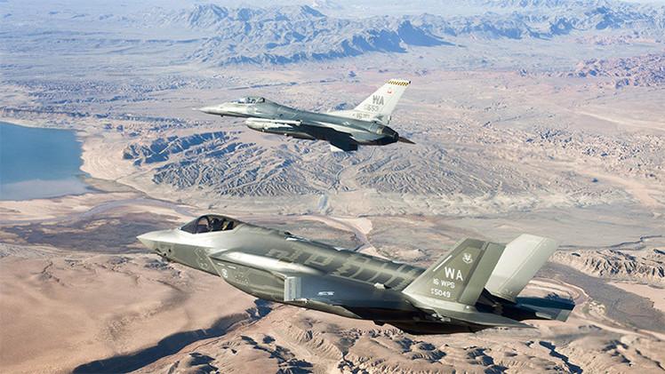 El 'furtivo' caza F-35 pierde su razón de ser por nacer demasiado tarde